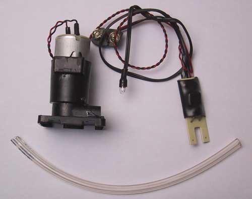 Wassersensor mit Kielraumpumpe