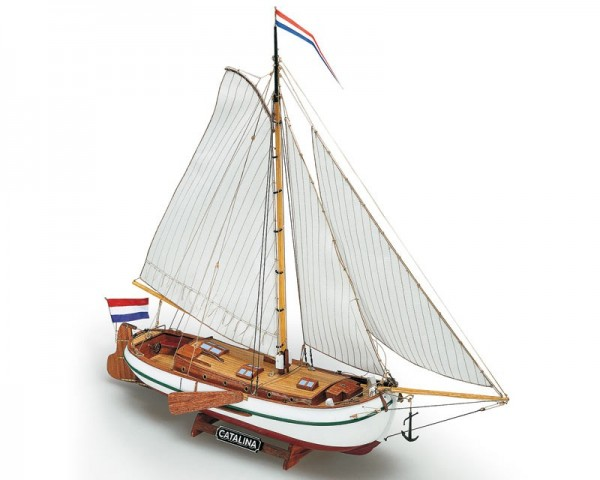 Pleasure Yacht Catalina