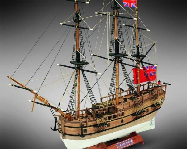 HMS Endeavour M 1:143 Mini Mamoli